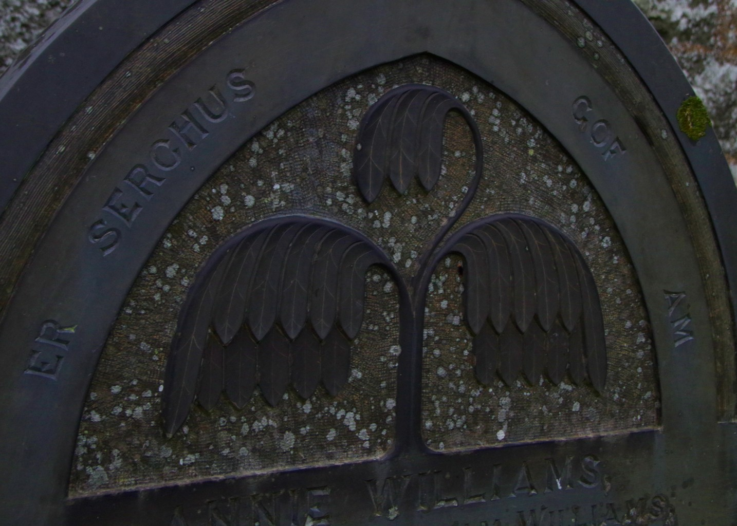 Headstone at Sant Mihangel Treflys