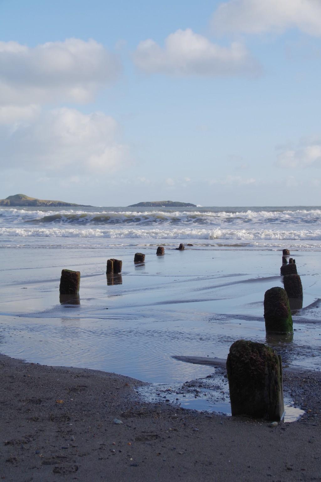 wooden-posts-at-aberdaron-sml