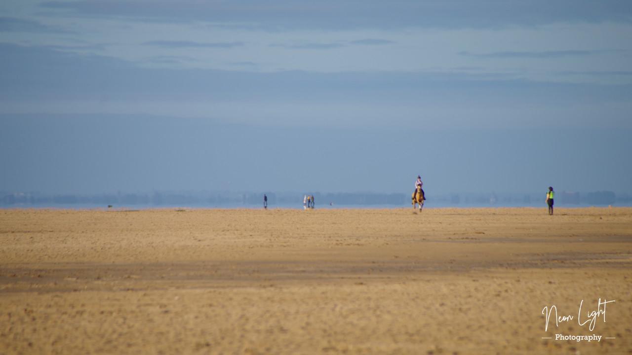learn-to-ride-on-hoylake-beach