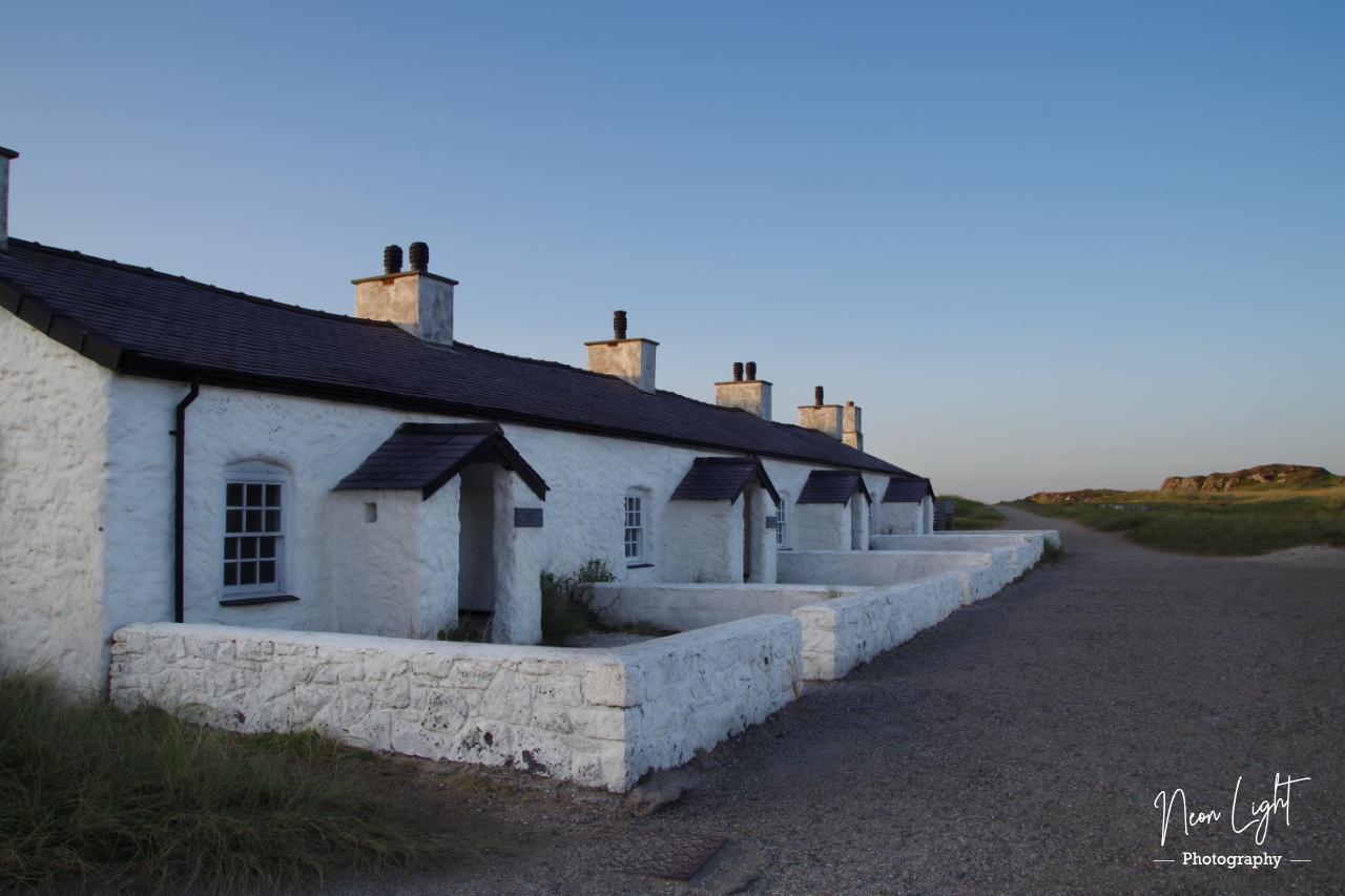 Ynys Ynys Llanddwyn Island Cottages